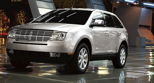 This product image provided by Ford Motor Co. shows the 2010 Lincoln MKX. Ford on Wedensday, Oct. 28, 2015 announced it is recalling approximately 129,000 2009 and 2010 Ford Edge and Lincoln MKX midsize SUVs in parts of the U.S. and Canada to fix potential fuel leaks. (Ford Motor Co. via AP)