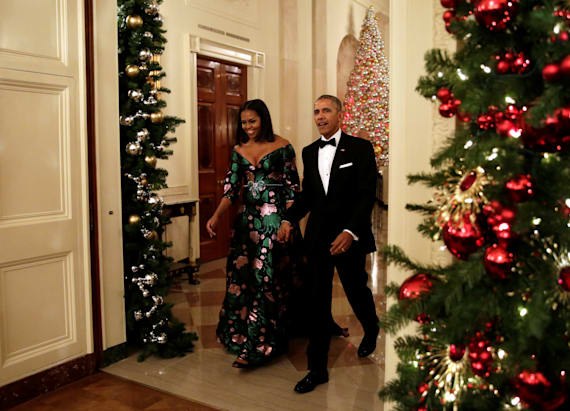 FLOTUS stuns in Gucci gown at Kennedy Center Honors