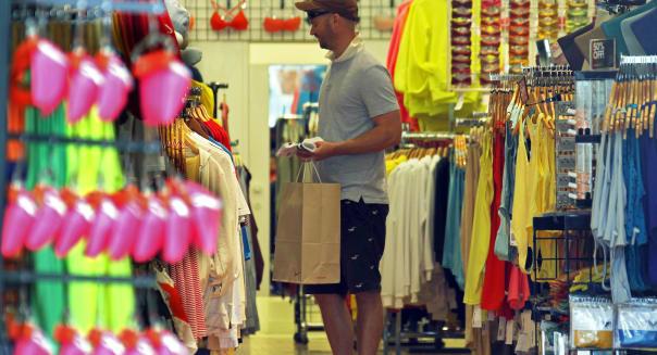consumer confidence spending housing market jobs hiring economy