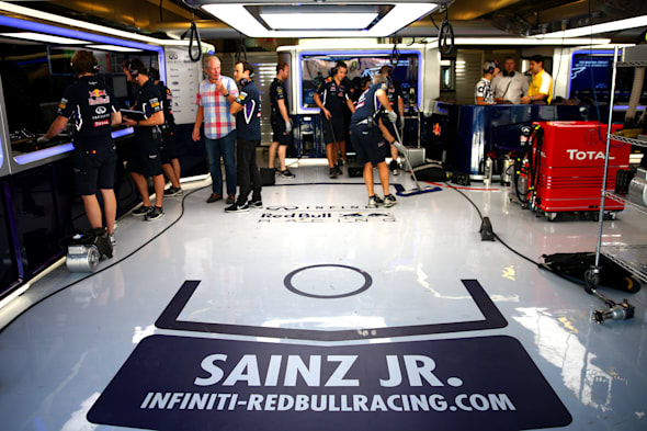 ABU DHABI, UNITED ARAB EMIRATES - NOVEMBER 25:  A genreal view of the Infiniti Red Bull Racing garage during day one of Formula One testing at Yas Marina Circuit on November 25, 2014 in Abu Dhabi, United Arab Emirates.  (Photo by Dan Istitene/Getty Images)