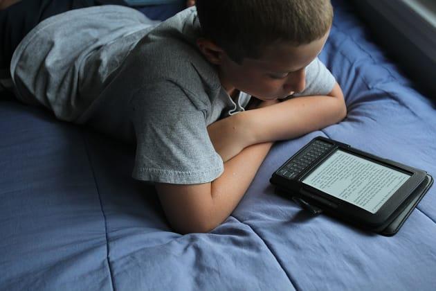 Children Using E-Readers
