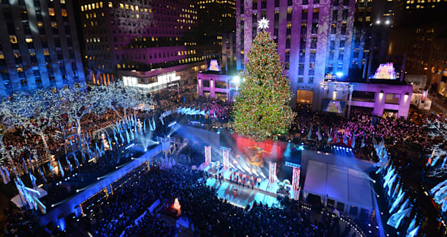 US-CULTURE-ROCKEFELLER-TREE-LIGHTING