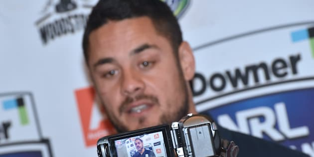 Rugby league-Hayne red-faced after porn gaffe at presentation