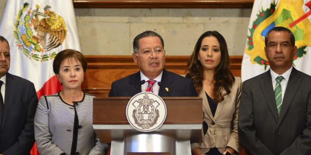 Flavino Ríos enfrentará cargos que se le imputan, afirman abogados