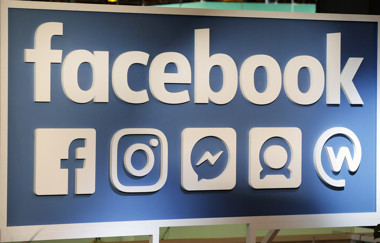 Facebook crossed two billion user mark achieved milestone