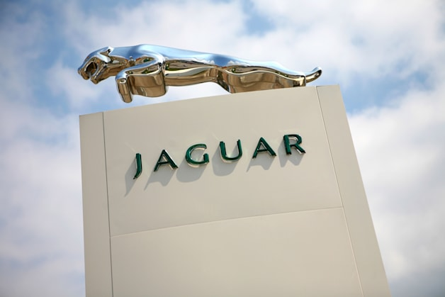 Jaguar dealer forecourt sign