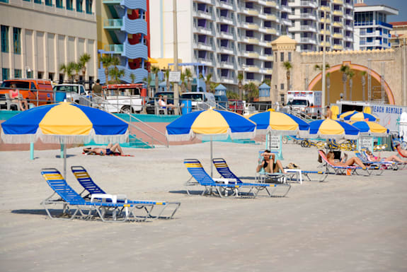 A887RD Umbrella and chair on Daytona Beach