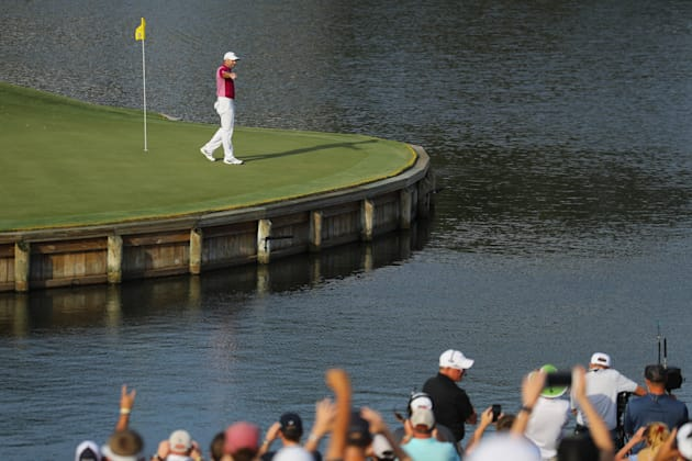 Sergio aces famed No. 17 at TPC Sawgrass