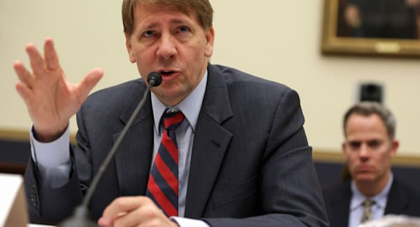 U.S. consumer watchdog Richard Cordray calls for credit scores on card statements