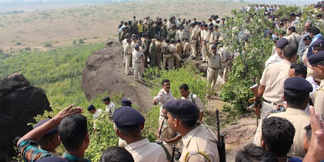 Bhopal encounter: Slain MP policemen's family gets Rs 15 lakh
