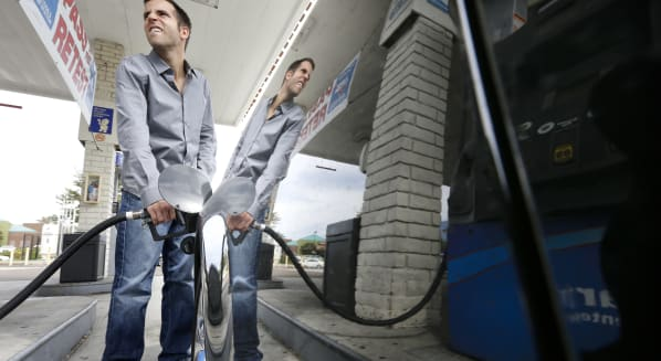 gasoline prices pump consumer spending oil crude stockpiles