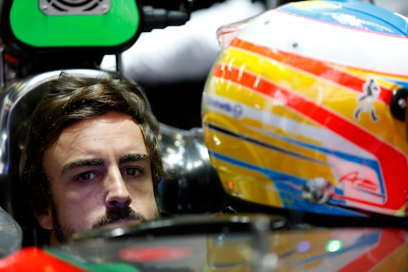 2015 F1 Pre Season Test 2 - Day 2 Circuit de Catalunya, Barcelona, Spain.Friday 20 February 2015.Fernando Alonso, McLaren, in the garage.World Copyright: Alastair Staley/LAT Photographic.ref: Digital Image _79P3820