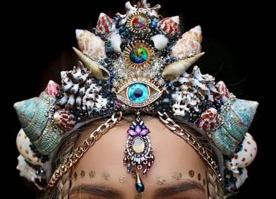 The mermaid crown has hipsters talking