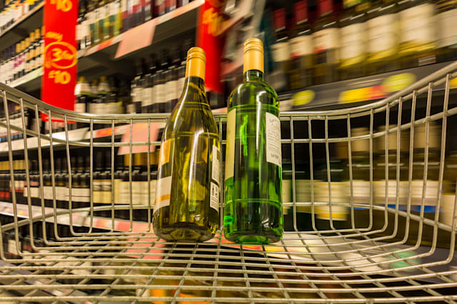 Bottles of wine in Asdashopping trolley