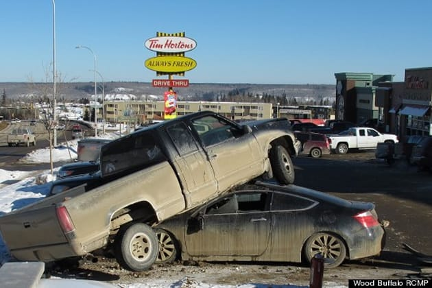 Fort McMurray (AB) Canada  city photos gallery : Worst parking job in Canada spotted at Tim Hortons in Alberta