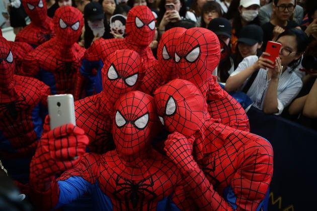 Peter Parker vs Spider-Man — Cara a cara