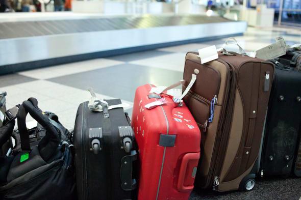 Carry On Crackdown United Enforces Bag Size Limit Aol News
