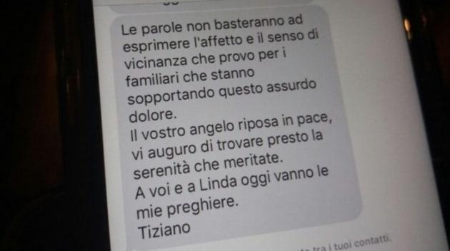Bimba muore in viaggio verso il concerto, Tiziano Ferro scrive ai genitori