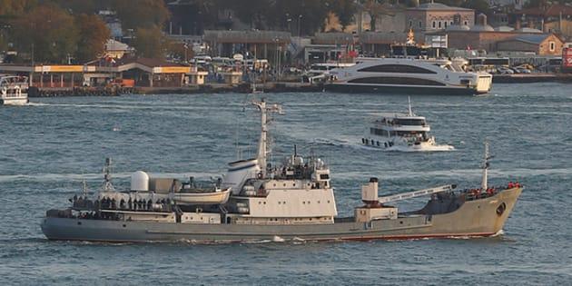 Nave militare russa si schianta contro un cargo in Turchia