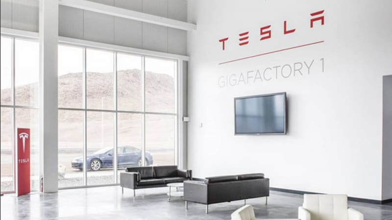 Recharge Wrap-up: Tesla to build own Autopilot chip, Gigafactory employs 850 with more to come