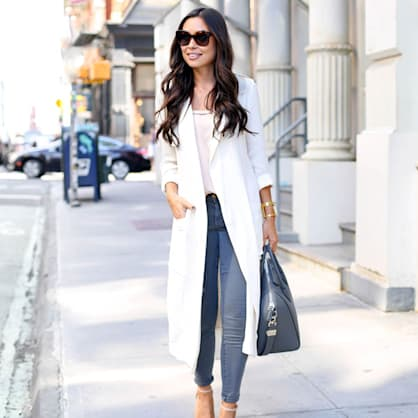 Street style tip of the day: Lightweight white trench coat