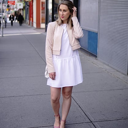 Street style tip of the day: Pointy flats for spring