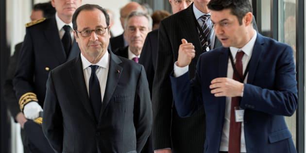 France: Hollande promet la justice après des violences urbaines