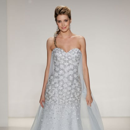 'Frozen' Queen Elsa is the surprise trend of bridal week