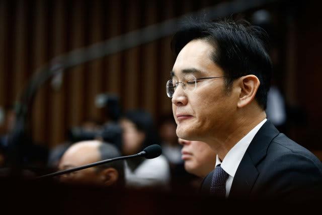 Samsung-Chef Jay Y. Lee sitzt in Untersuchungshaft
