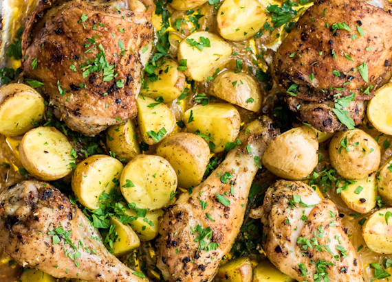 Garlic chicken and potatoes one pan dinner