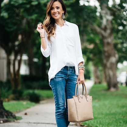 Street style tip of the day: Neutral accessories