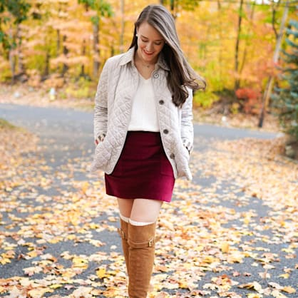 Street style tip of the day: Fall-ing for maroon