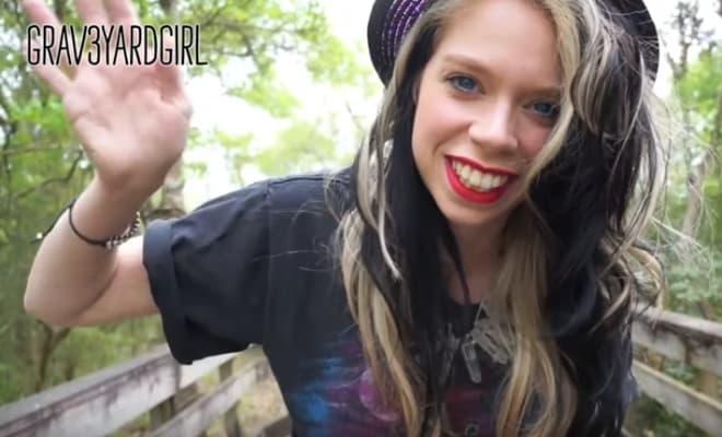 Tori Spelling youtube channel