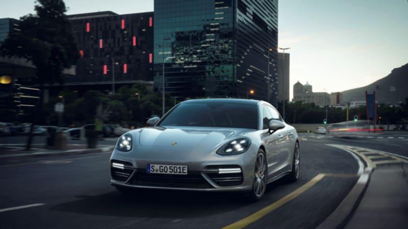 2018 Porsche Panamera Turbo S E-Hybrid pumps out 680 horsepower