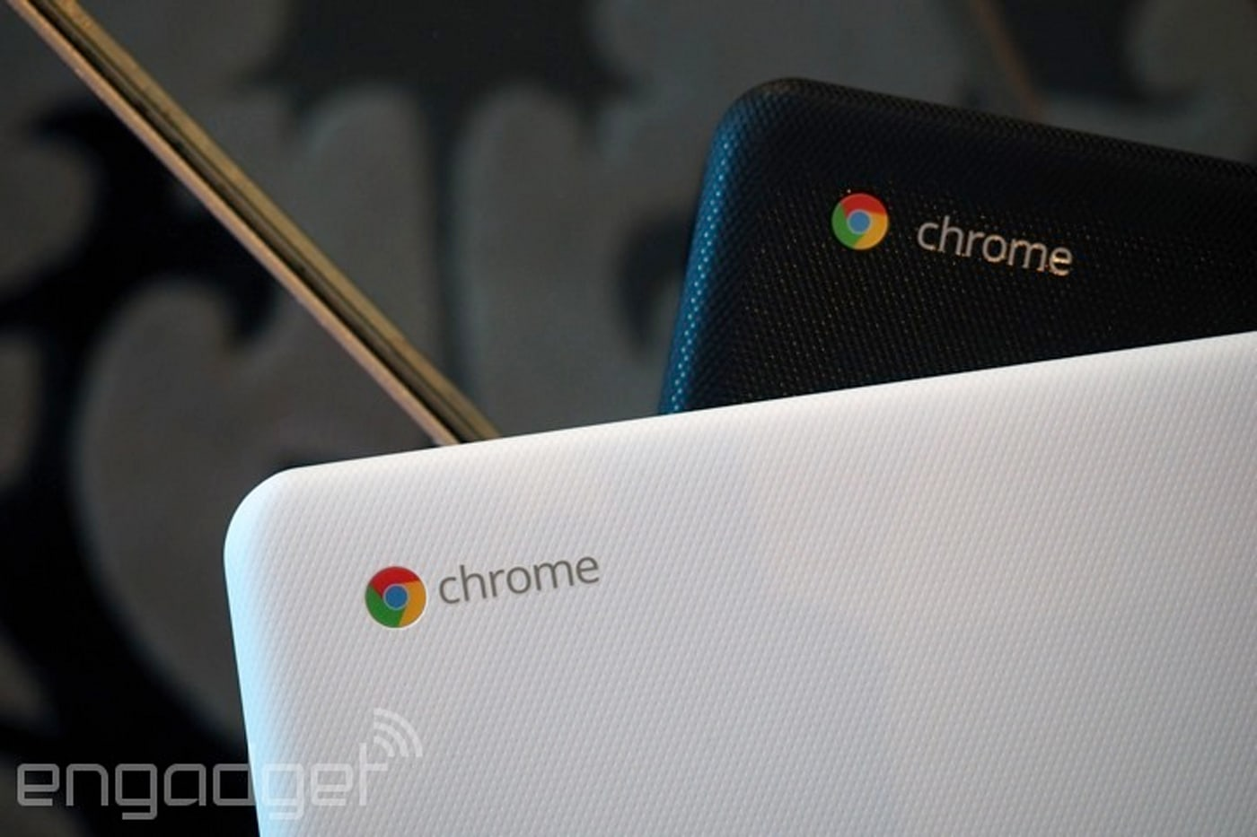 Chromebooks beat Mac sales in early 2016