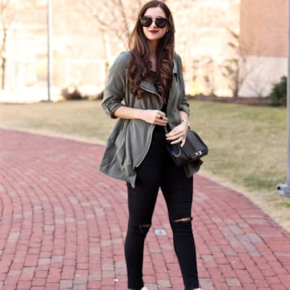 Street style tip of the day: Over the weekend in olive & gold