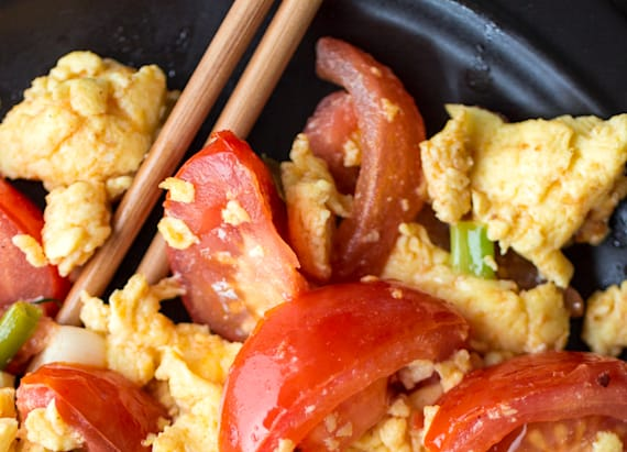 Easy Chinese tomato eggs