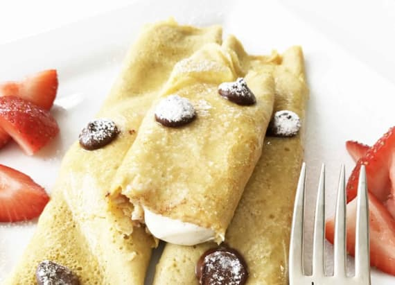 Healthy pumpkin spice cream cheese crepes -- really!