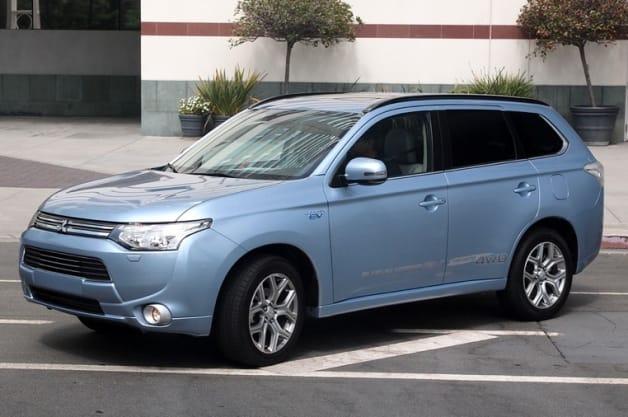 Plug In 2014: Mitsubishi Outlander PHEV