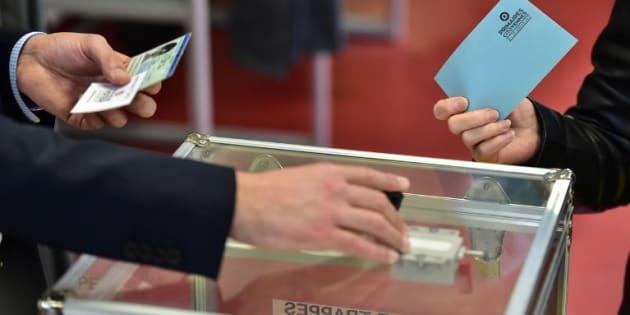 Les bureaux de vote en France d'outre-mer sont ouverts — Présidentielle française