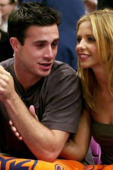 Actor Freddie Prinze Jr. and actress Sarah Michelle Geller t