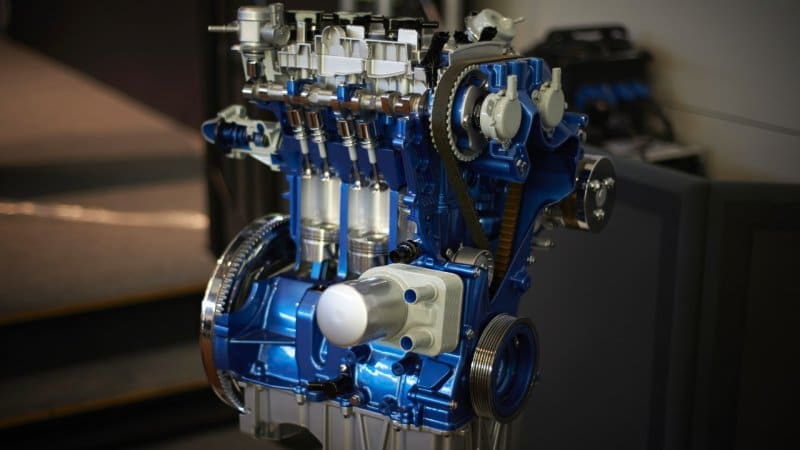 Ford patent spoofs bigger engine sound for fuel savings