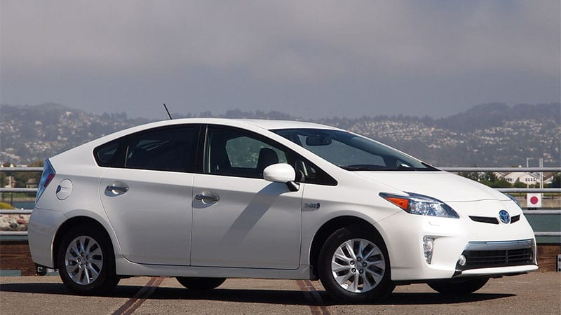 toyota ending prius plug in production in june autoblog. Black Bedroom Furniture Sets. Home Design Ideas