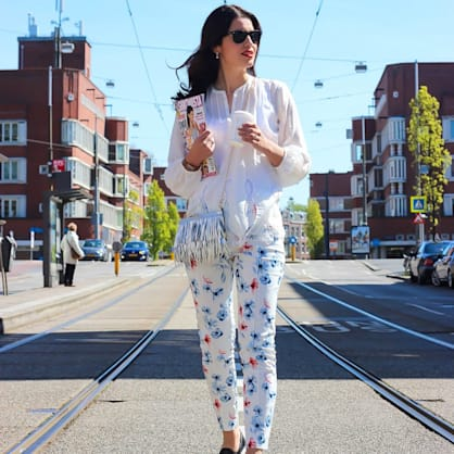 Street style tip of the day: Morning coffee runs in Amsterdam