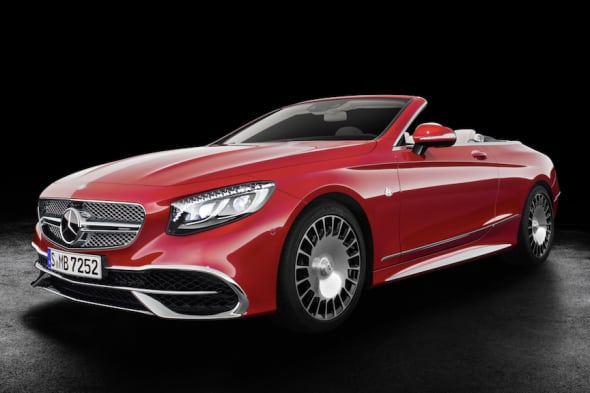 Mercedes-Maybach S 650 Cabriolet  Studioaufnahme, offenes Verdeck ;Kraftstoffverbrauch kombiniert: 12,0 l/100 km; CO2-Emissionen kombiniert: 272 g/kmMercedes-Maybach S 650 Cabriolet studio shot, open soft top; Fuel consumption combined: 12,0 l/100 km; Combined CO2 emissions: 272 g/km