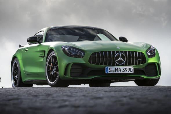 Der neue Mercedes-AMG GT-R / Portimao 2016AMG green hell magno / Leder Exklusiv Nappa/Mikrofaser DINAMICA schwarz mit Kontrastziernaht gelbAMG GT-R:Kraftstoffverbrauch kombiniert:  11,4 l/100 km, CO2-Emissionen kombiniert: 259 g/kmThe new Mercedes-AMG GT-R / Portimao 2016AMG green hell magno  / Exclusice nappa leather/DINAMICA microfiber black with yellow contrasting topstitchingAMG GT-R:Fuel consumption, combined:   11.4 l/100 km, CO2 emissions, combined:  259 g/km