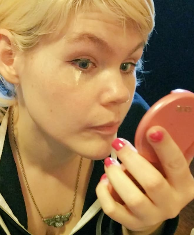 photo of scotch tape makeup tutorial