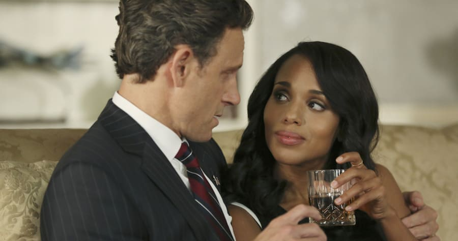 "SCANDAL - ""Paris is Burning"" - Olivia and Fitz face some very big consequences and Mellie brings in an old friend to make sure she gets her way. Meanwhile, Abby shows Olivia she is fully capable of handling working at the White House, on ""Scandal,"" THURSDAY OCTOBER 8 (9:00-10:00 p.m., ET) on the ABC Television Network. (ABC/John Fleenor)TONY GOLDWYN, KERRY WASHINGTON"