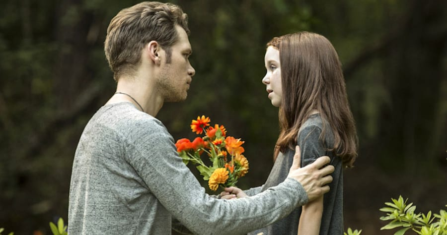 "The Originals -- ""Haunter of Ruins"" -- Image Number: OR403a_0212.jpg -- Pictured (L-R): Joseph Morgan as Klaus and Summer Fontana as Hope -- Photo: Bob Mahoney/The CW -- �?© 2017 The CW Network, LLC. All rights reserved."