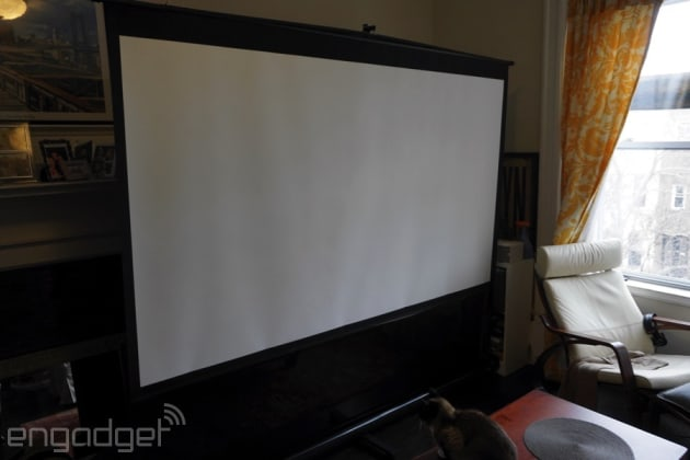 How I Fit A 100 Inch Projector Setup In My Nyc Apartment Engadget
